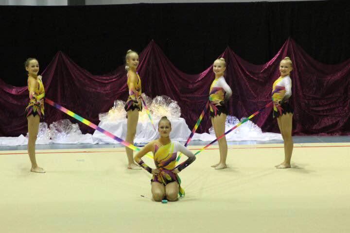 Nauhajoukkueen koreografia on Larisa Gryadunovan käsialaa