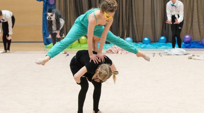 vielä ehtii-hyppää mukaan voimistelukouluun-tarjolla uusia ryhmiä tytöille ja pojille!